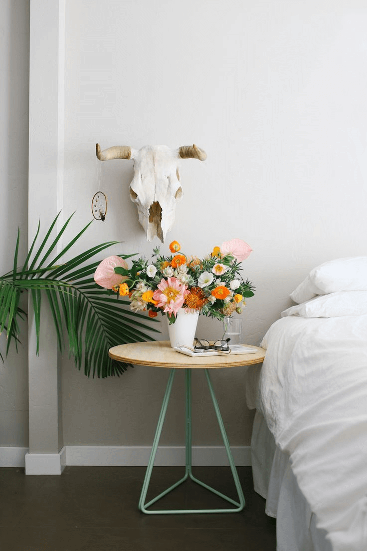 Flower bedroom decor ideas