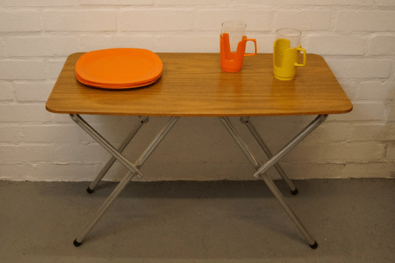 Formica top folding table