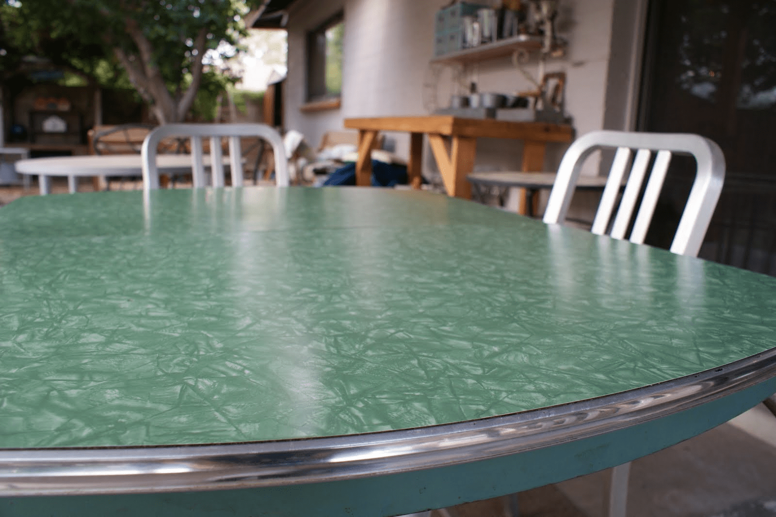 Clean Formica Table Top In Few Minutes
