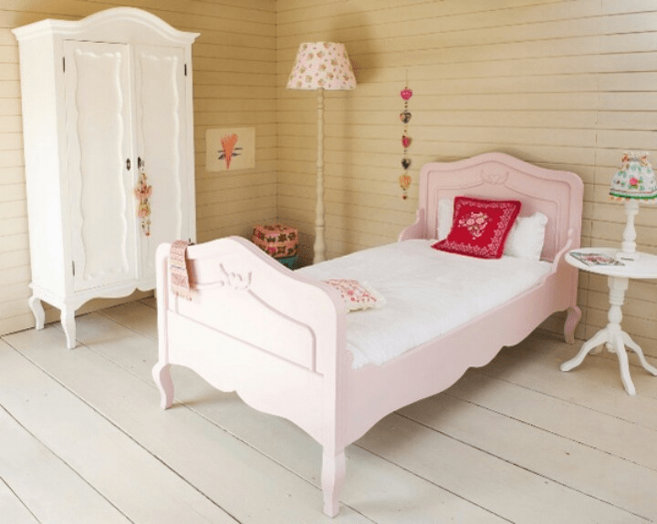 How to Decorate My Daughter's Bedroom