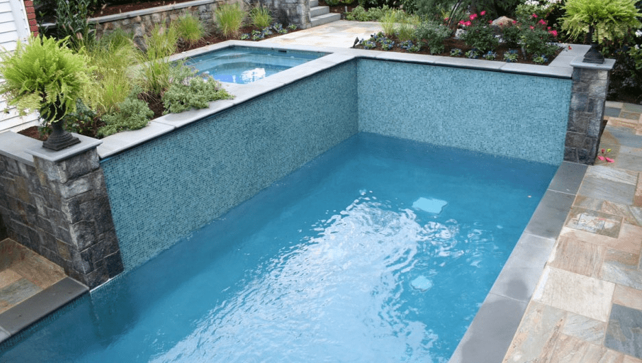 Easy Tips On How To Clean Pool Walls