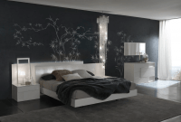 How to decorate grey bedroom