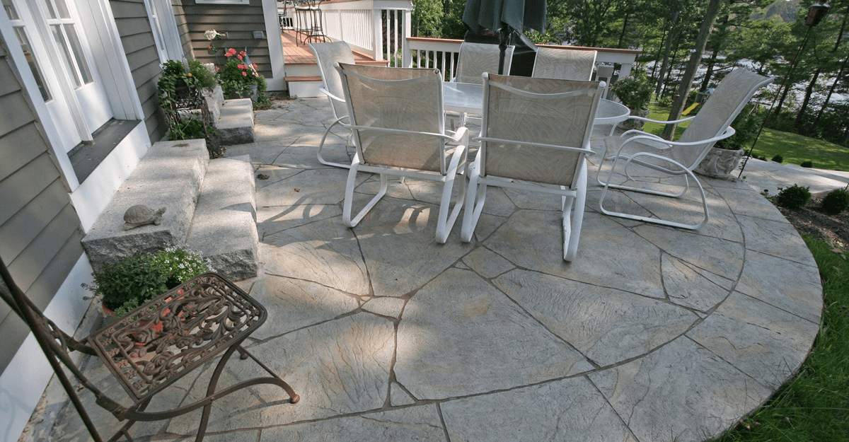 How to remove mold and mildew from concrete patio