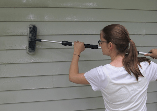 How to remove mold from vinyl siding