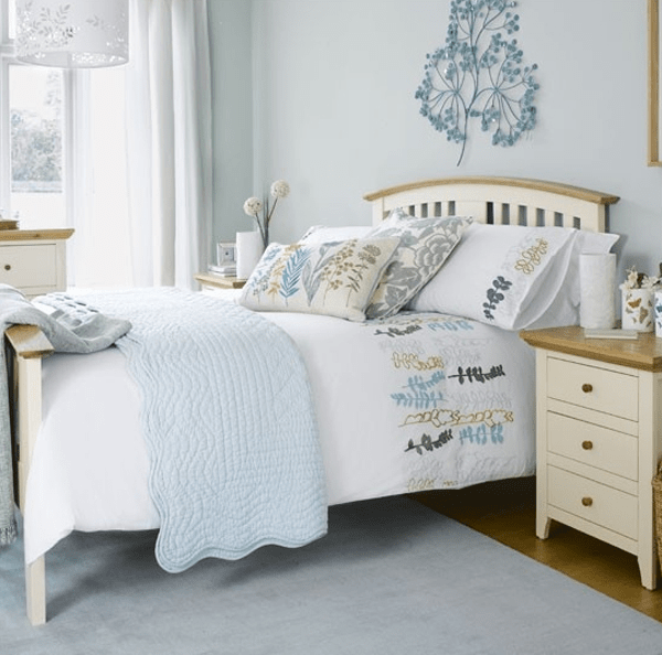 Pastel bedroom decorating ideas for small girls room