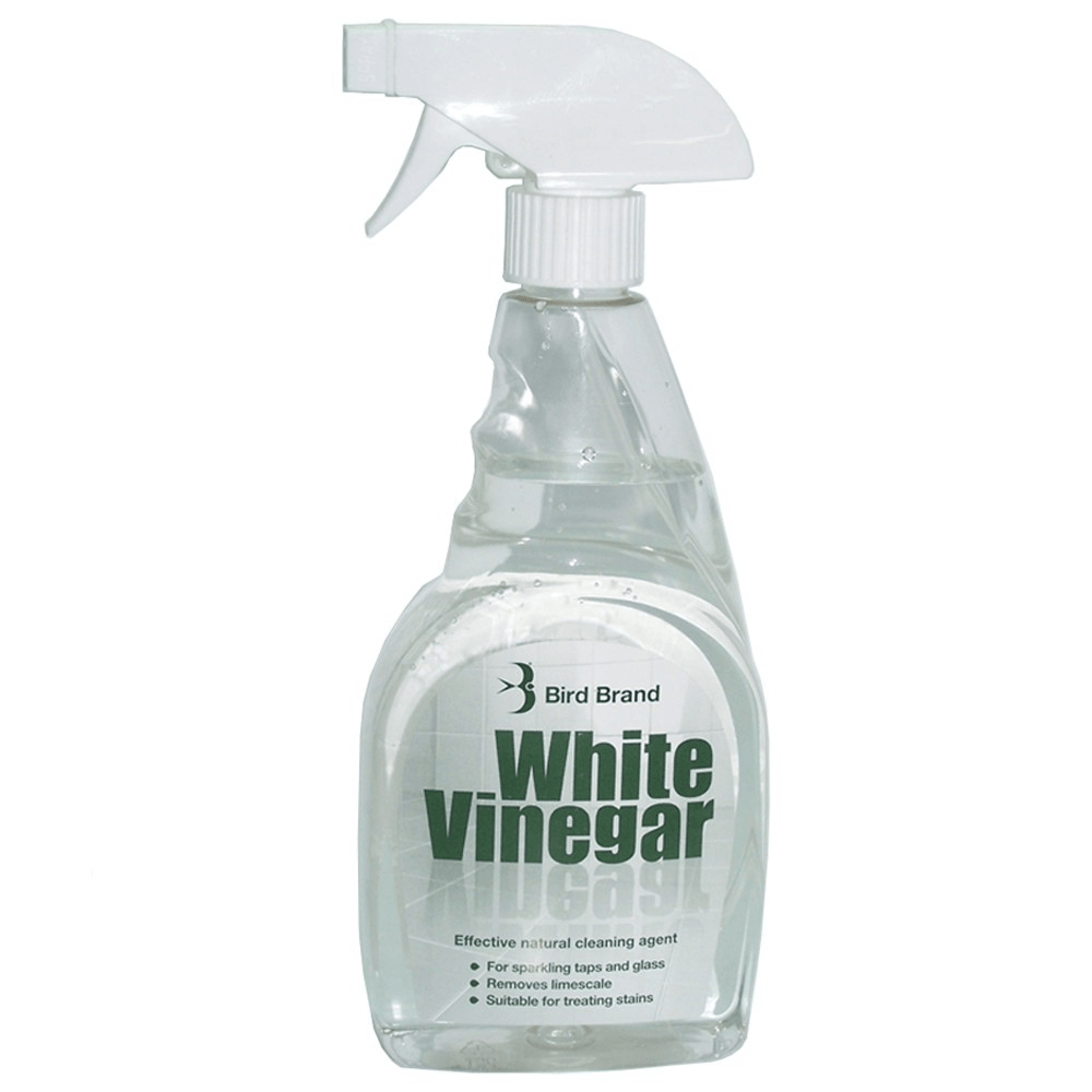 white vinegar and water cleaning solution