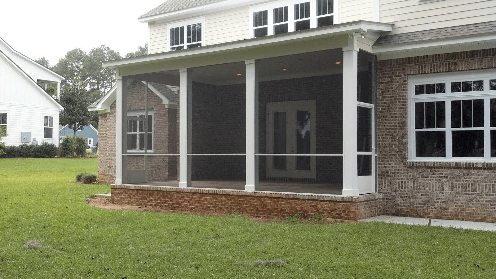 Aluminum screen porch