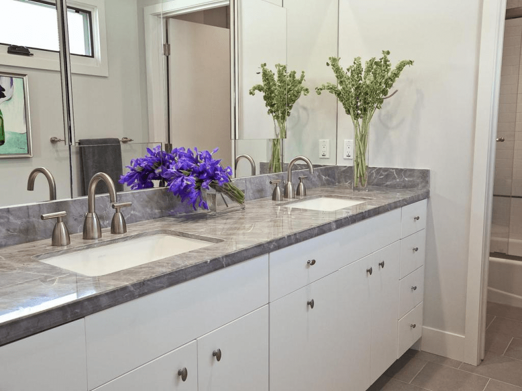 Bathroom countertop decorating ideas