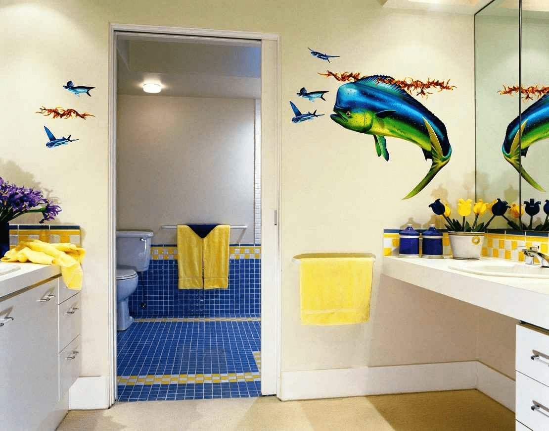 Creative Ways On How To Decorate A Bathroom Wall