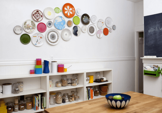 Decorate a bare kitchen wall with plate
