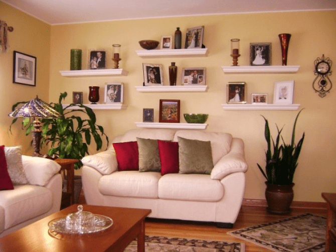 How to decorate floating shelves in living room for How decorate family room