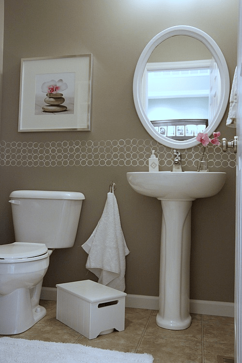 Powder bathroom decor ideas