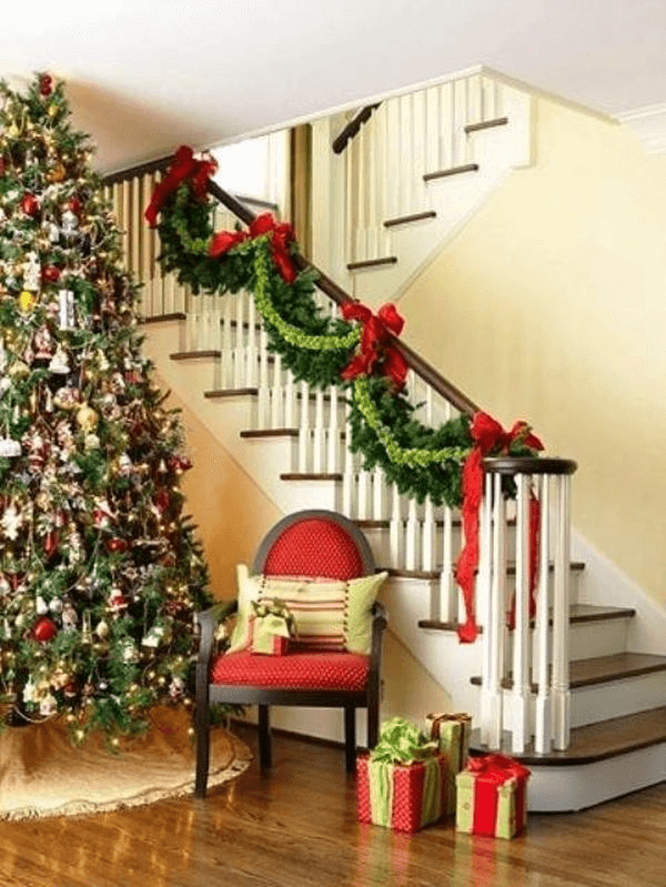 Stairway wall decor for christmas