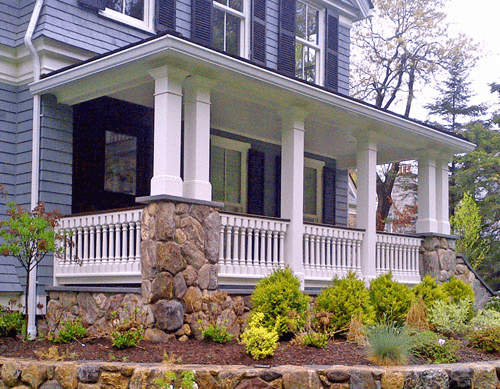 Wood railing for porch