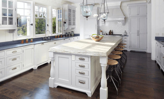 Beach House kitchen Island white Table with chairs