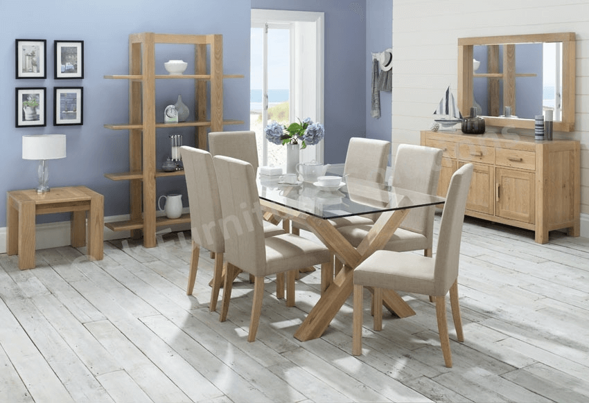 family unity how to decorate your dining room table on a budget. Black Bedroom Furniture Sets. Home Design Ideas