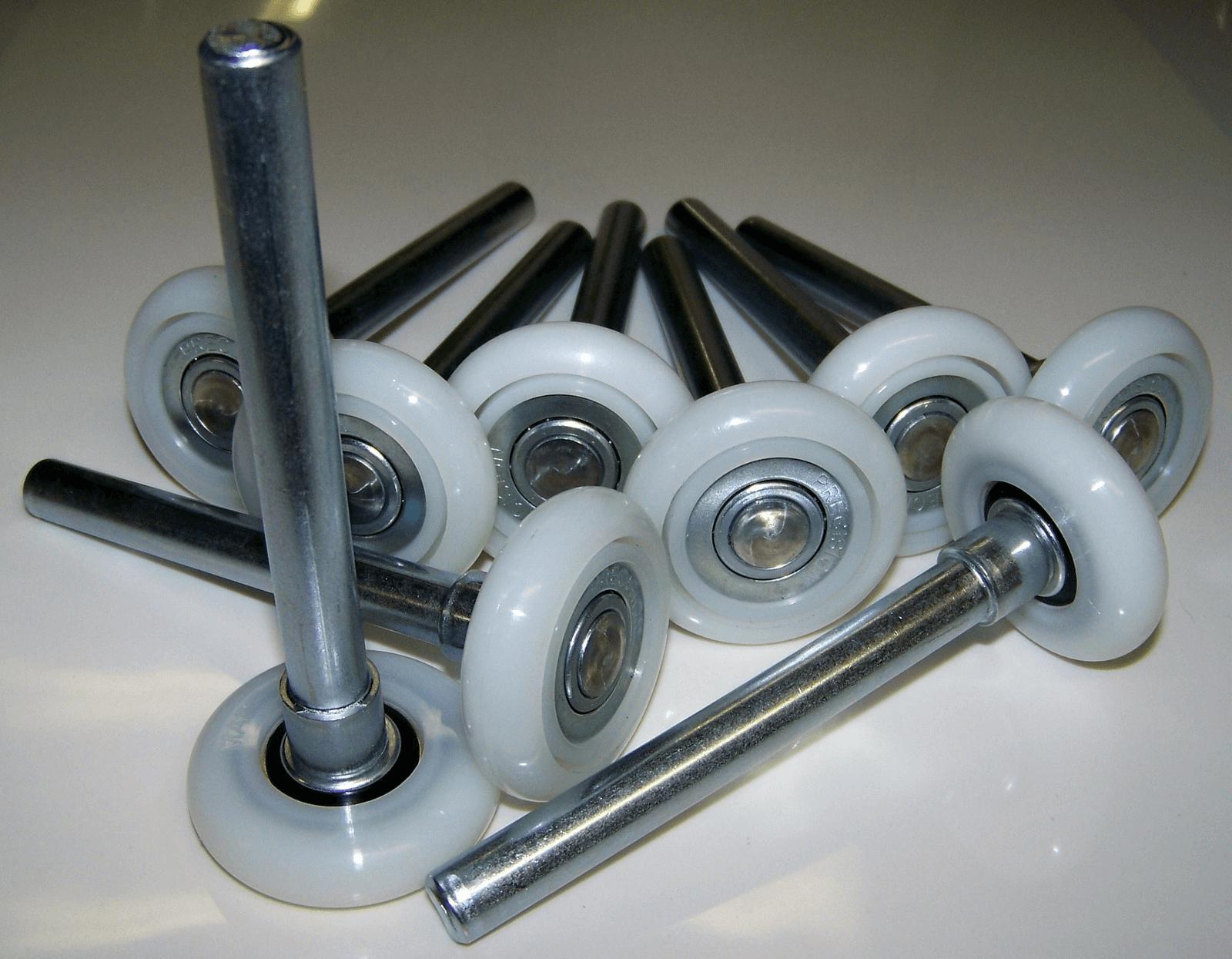 Plastic garage door rollers