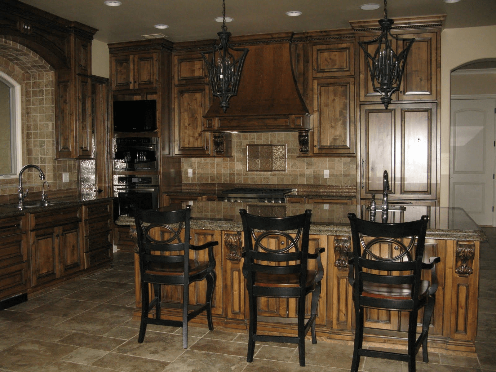 Will you use kitchen island stools with backs and arms - Kitchen island with stools ...