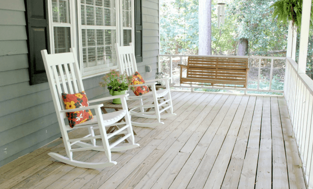 how to choose great front porch rocking chairs. Black Bedroom Furniture Sets. Home Design Ideas