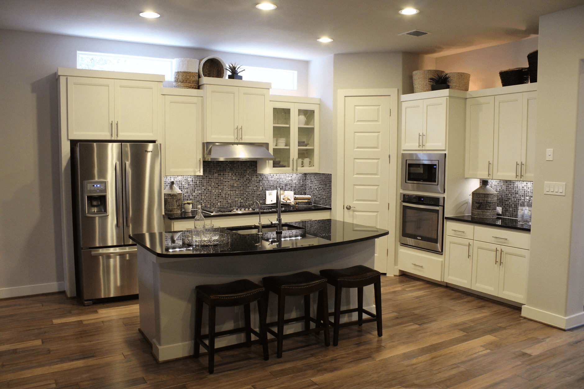 Kitchen Cabinet Paint Color Combinations