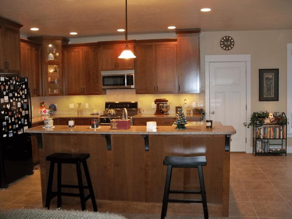 Incandescent Bulb kitchen lighting
