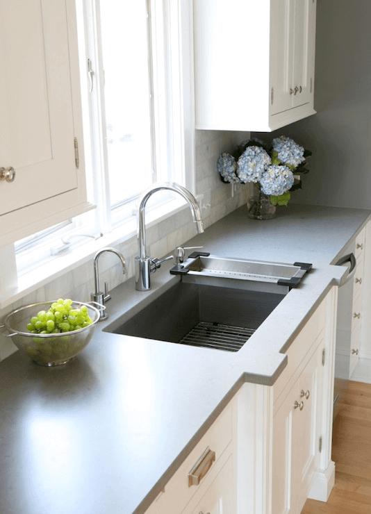 Kitchen countertop Charcoal Paint Color