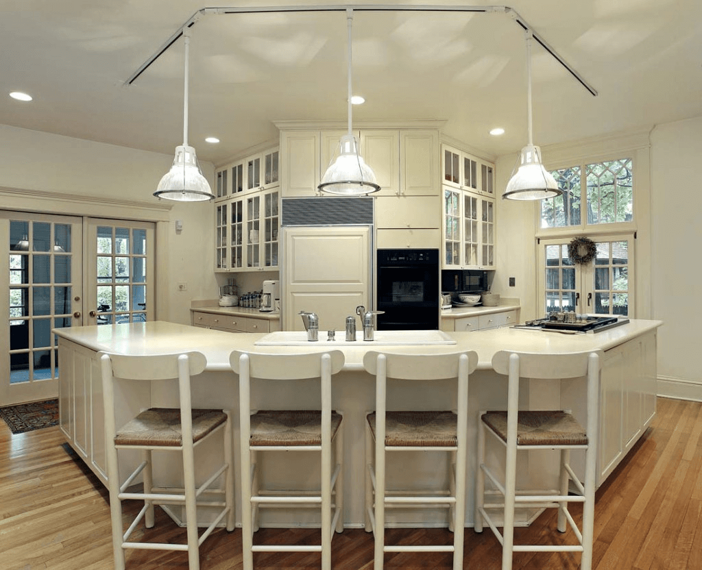 Kitchen island lighting with pendant