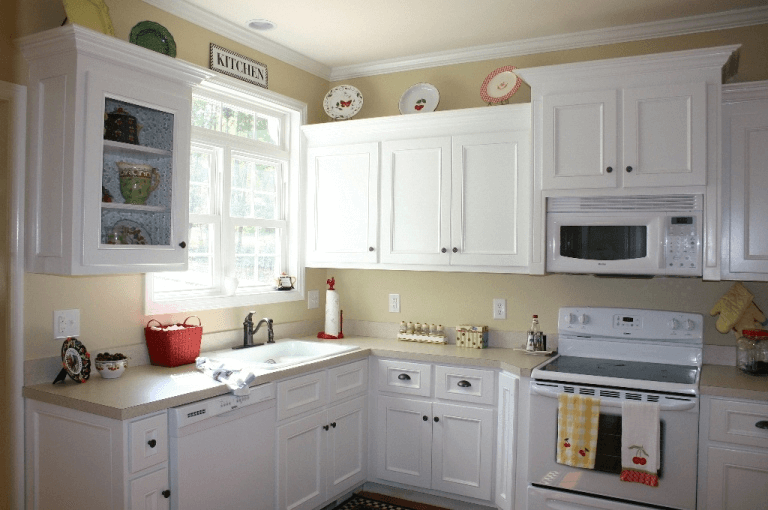 how to paint kitchen cabinets white without sanding