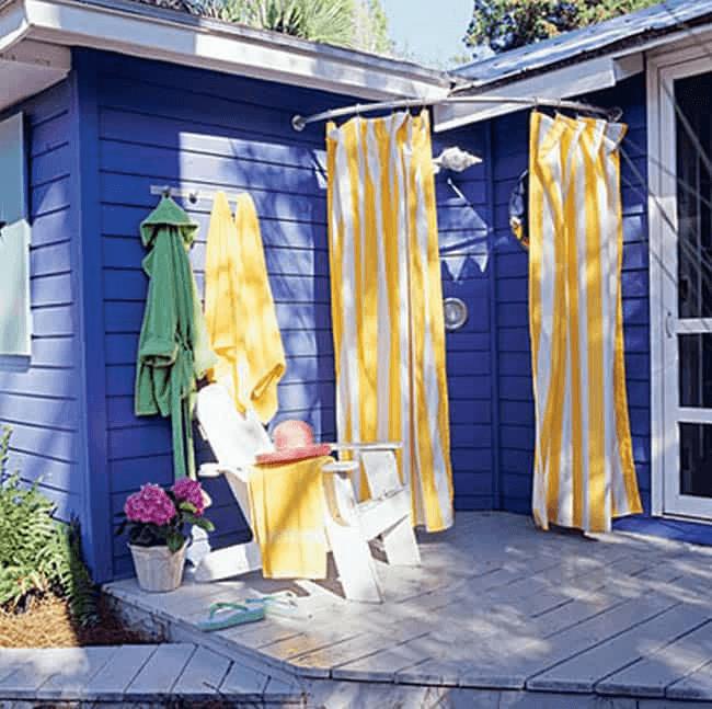 DIY outdoor shower curtain rod