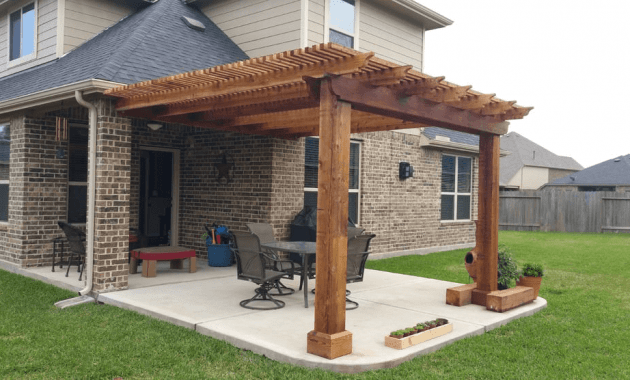 Most Popular Wooden Porch Covers Design and Materials
