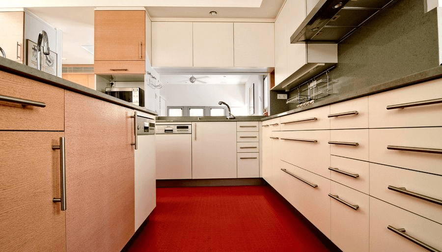 Red rubber flooring for kitchen