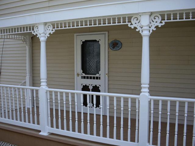 White Artistic Victorian porch spandrels