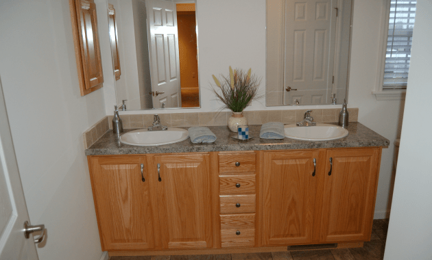Bathroom vanity cabinets oak