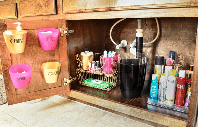 Cheap bathroom cabinet organizer under sink ideas for Under counter bathroom storage ideas
