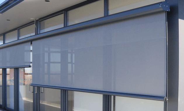 Outside window blinds