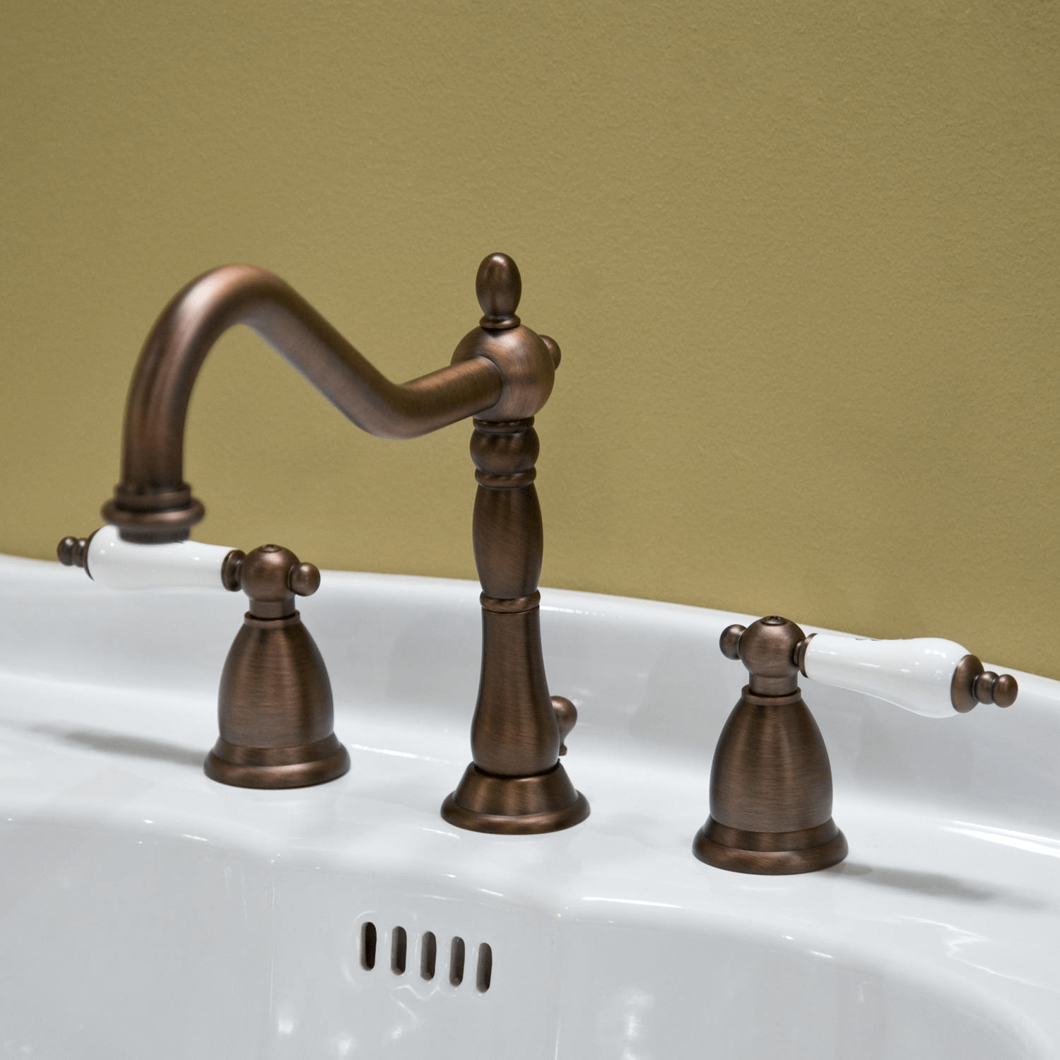 Bathroom Faucets Porcelain Handles Detail