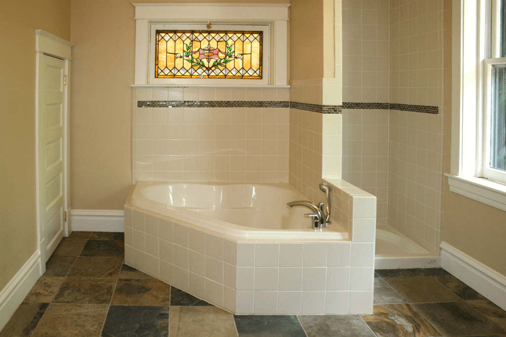 Bathroom tile designs with borders