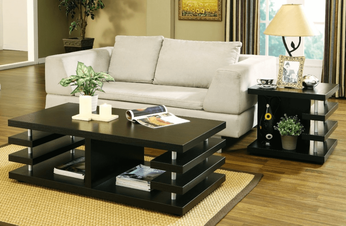 Bold and minimalist living room coffee table decor