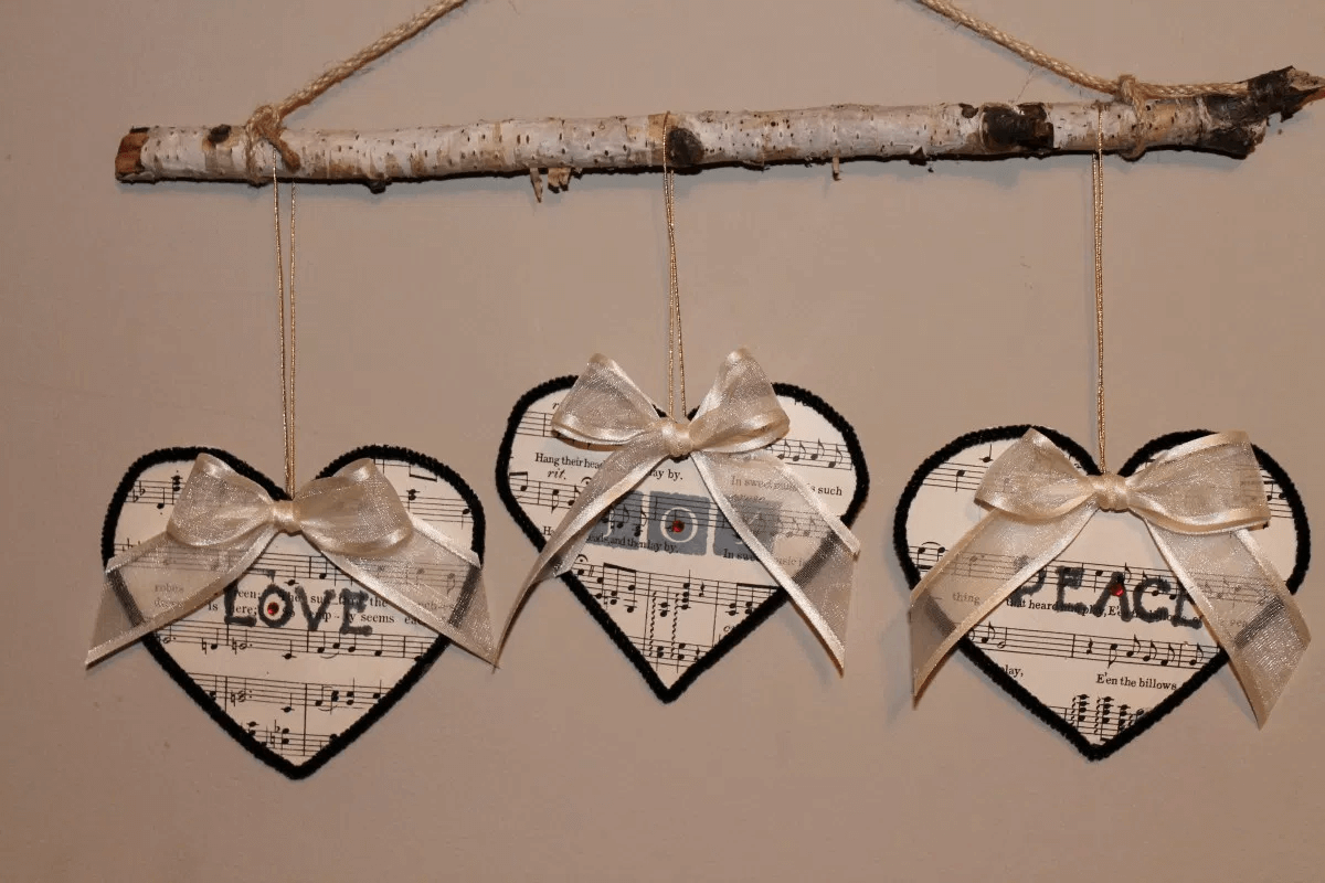 Rustic traditional ideas decoration with Love Vintage paper Ornaments
