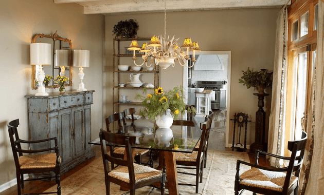 How To Decorate A Buffet: How To Decorate A Buffet Table In Dining Room