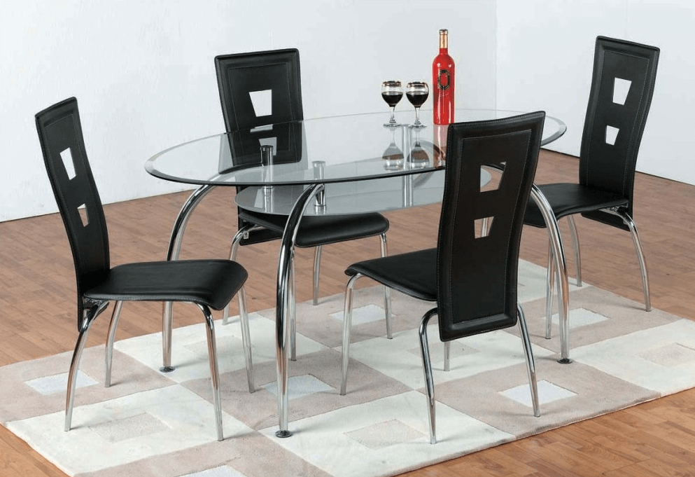 Glass oval dining table decoration using glass and bottle