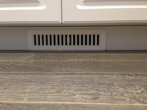 Kitchen toe kick vent under cabinet