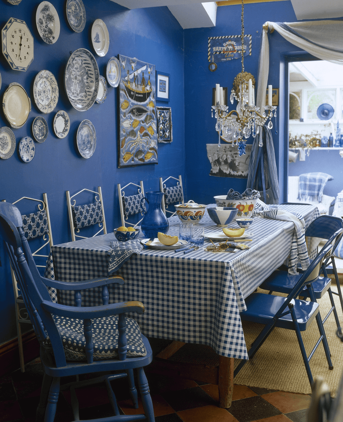 Blue dining room wall decorations