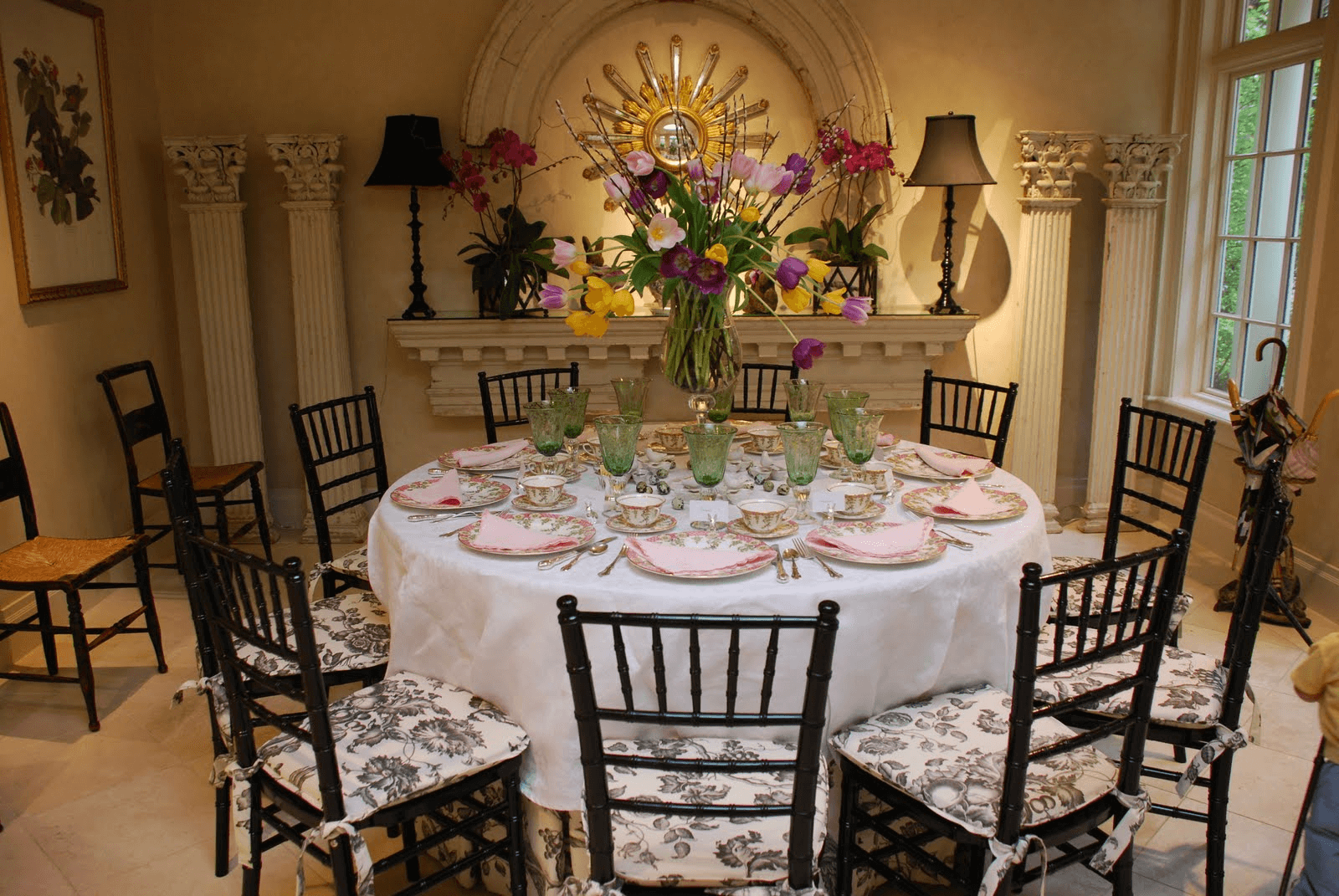 Easter dining room table decorations