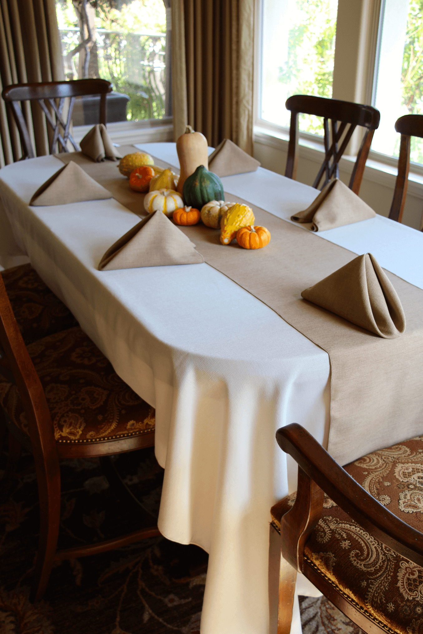 Faux Burlap table runners for formal dining room