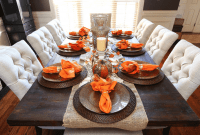 How to Decorate a Dining Room Table for Fall