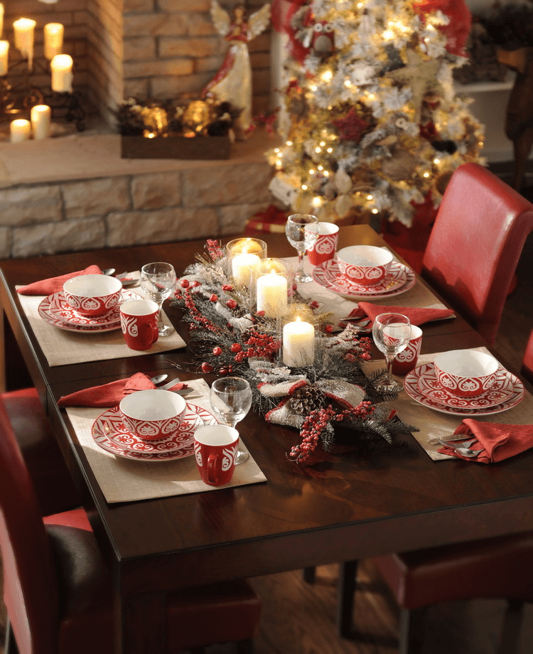 How to decorate a square dining table for christmas