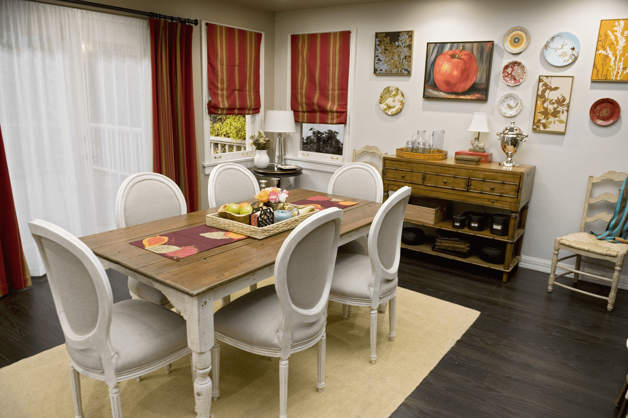 How to decorate old dining table using distract with chairs