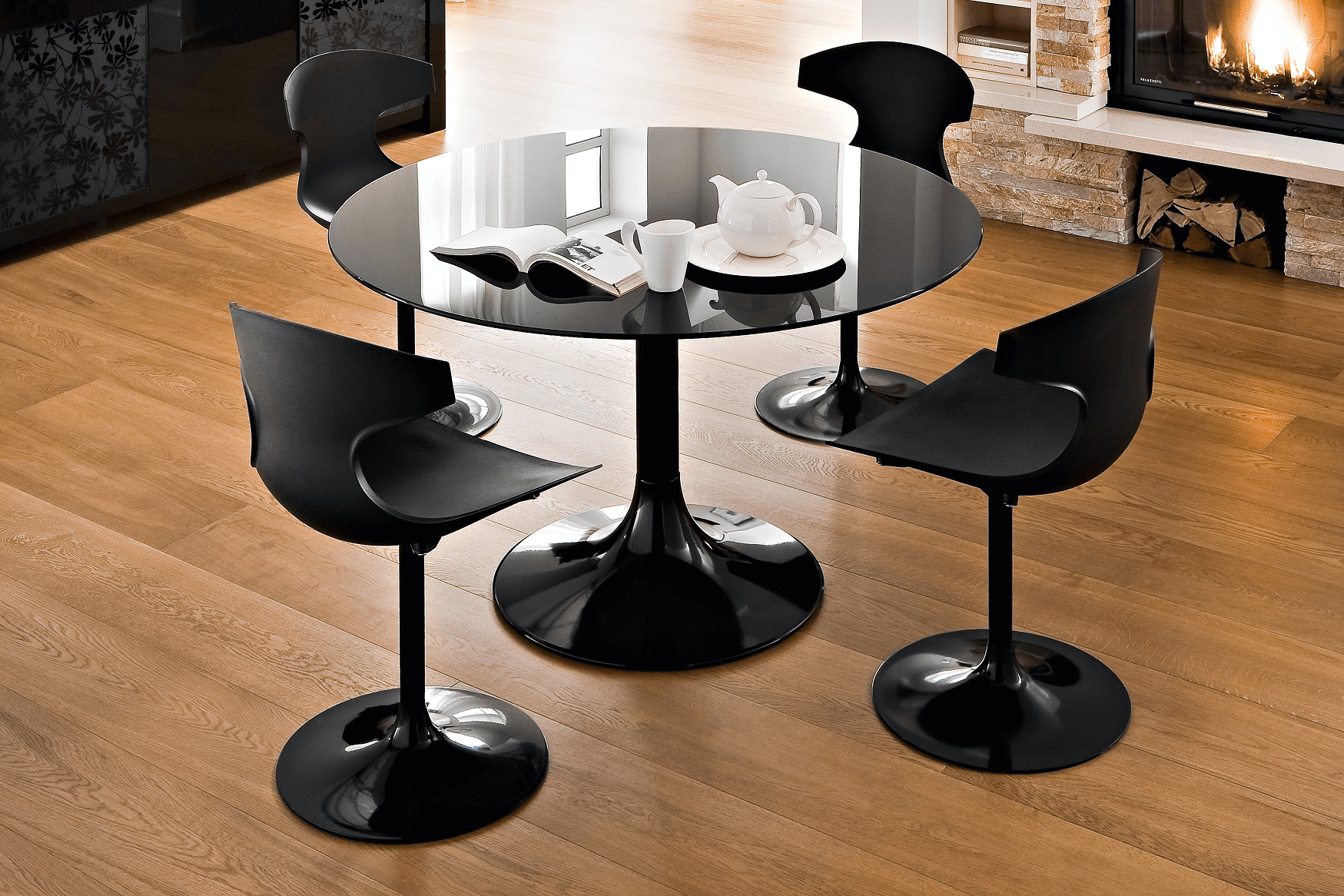 Round modern black dining table decor