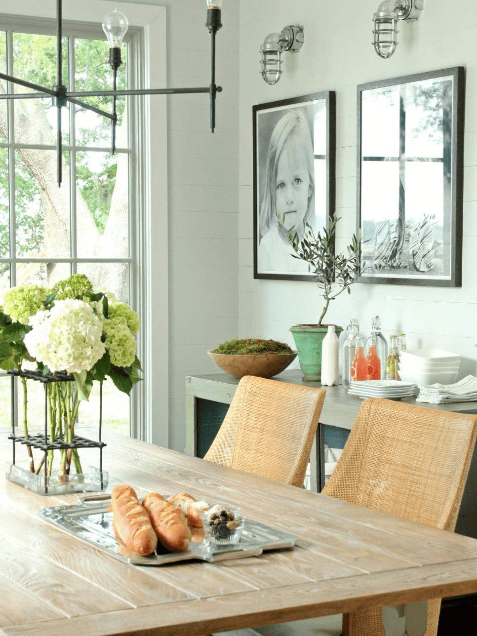 Side dining table decor with frame or wall mirror ideas